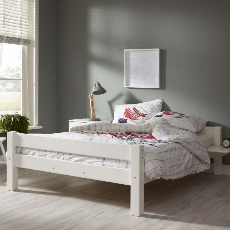 lit ado en bois massif blanc 140x200. Black Bedroom Furniture Sets. Home Design Ideas