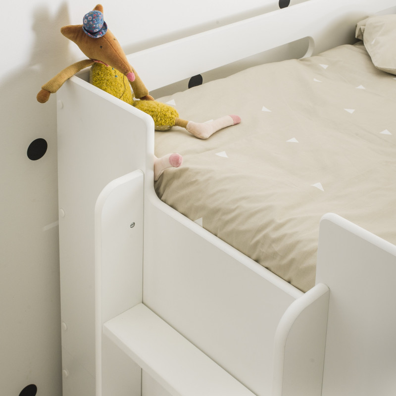 Evolving Cot Design And Practical For Children In White Colour 90x190